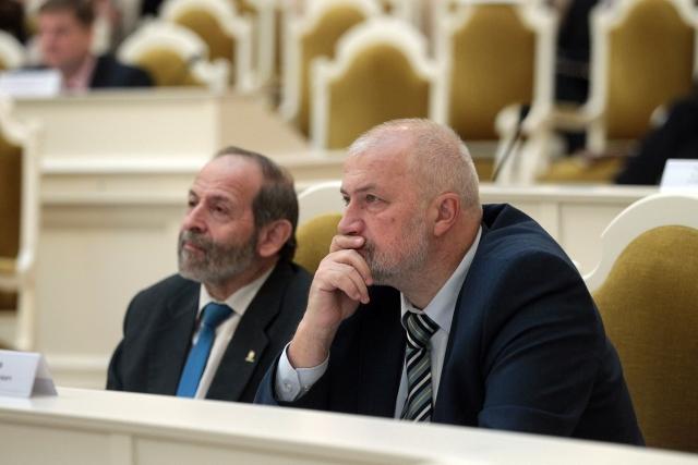 Основатель петербургского «Яблока» Михаил Амосов вышел из партии