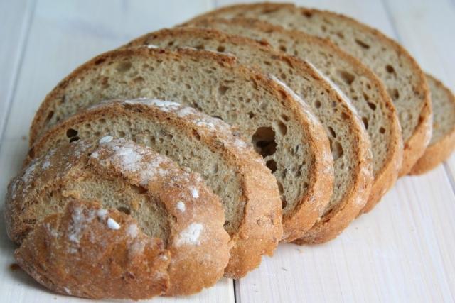 Омскому министру запретили говорить о повышении цен на хлеб