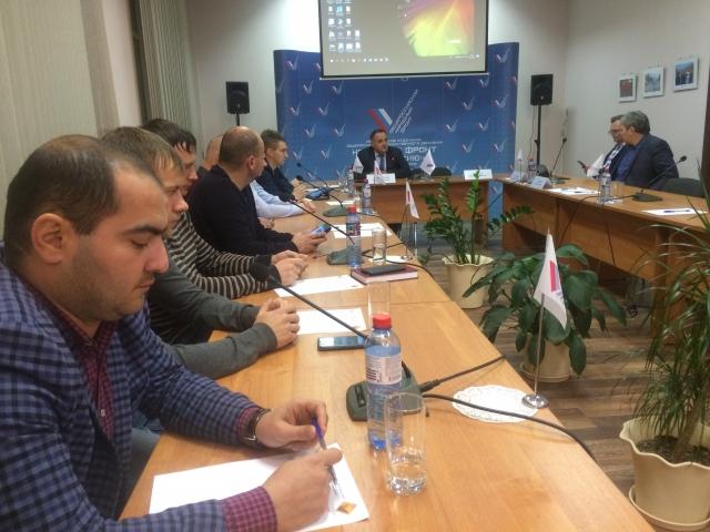 Красноярские общественники обсудили ремонт дорог