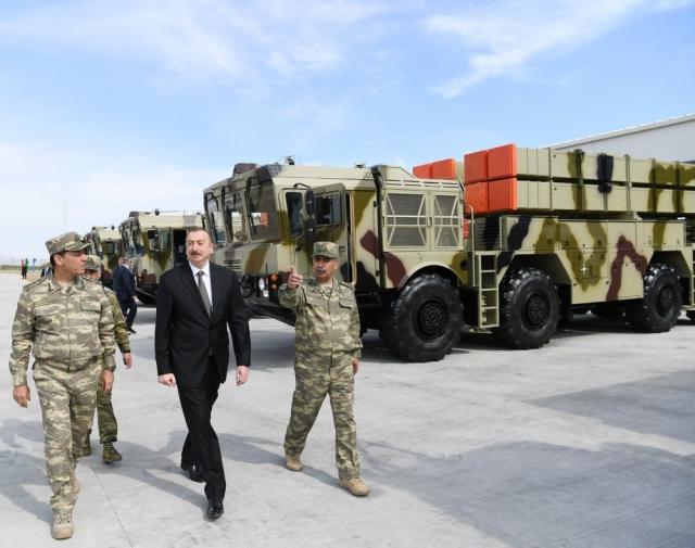 «Полонезы», авиацию, танки, ЗРК продала Белоруссия Азербайджану за 10 лет