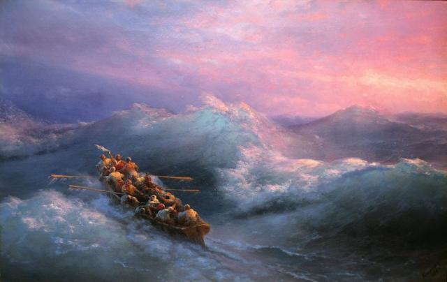 На Байкале во время шторма перевернулся катер с четырьмя людьми