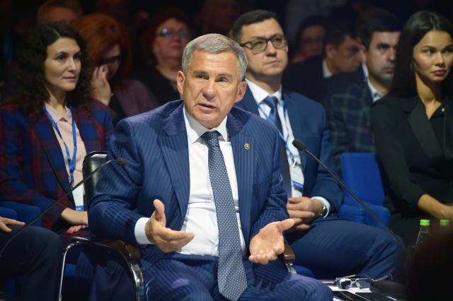 Рустам Минниханов на Х расширенном заседании совета по предпринимательству при Президенте Республики Татарстан