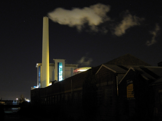 Завод. Ночная подсветка