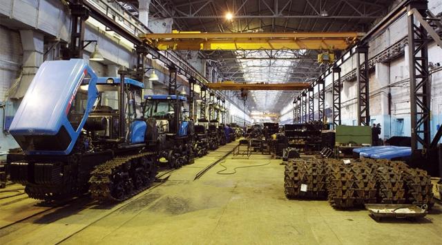 70 млрд долгов: тракторному заводу Волгограда не оставили шансов