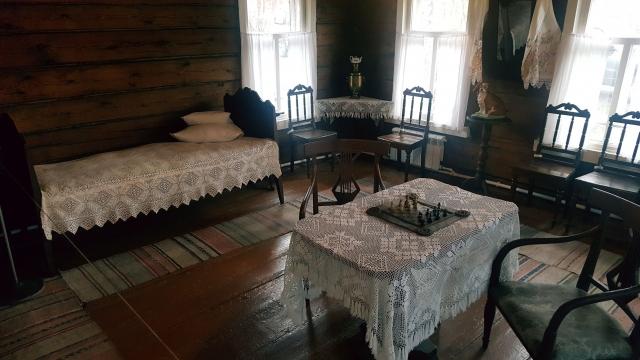 Интерьер сталинской комнаты, мебель сохранилась подлинная
