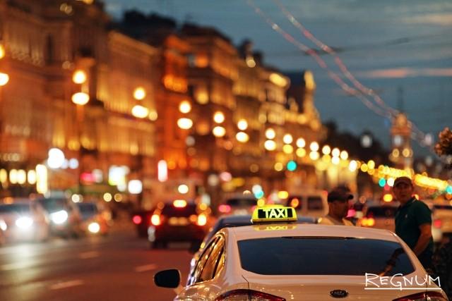 В Петербурге чиновники будут проводить рейды по такси