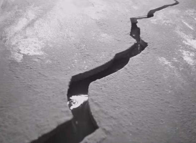 В Саратове погиб провалившийся под лед пятилетний ребенок