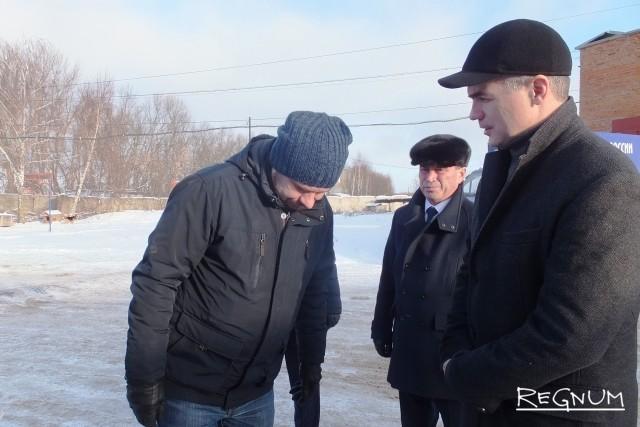 Чиновники вместе с надзорными органами посетили  автобусную базу