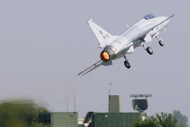 Помогут ли Азербайджану пакистанские истребители JF-17 в войне с Арменией?