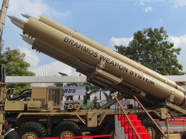 В Индии утвердили программу военных закупок