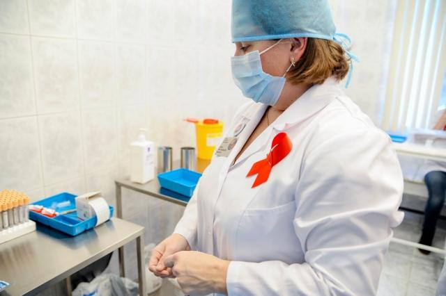 В Оренбуржье число новых фактов ВИЧ-инфекции снизилось на 6%