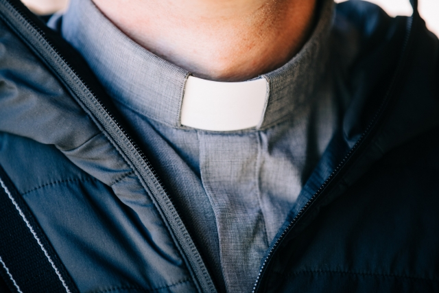 На Филиппинах задержали католического священника, сбежавшего из США
