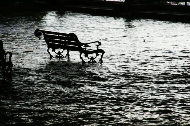 Жертвами внезапного наводнения на Кипре стали четыре человека