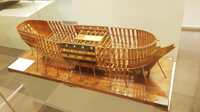 Модель корпуса 74 пушечного линейного корабля. Такие строились в Архангельском адмиралтействе в XVIII-первой половине XIX века