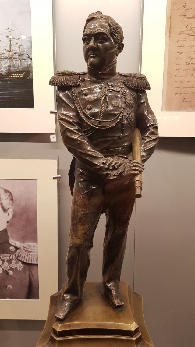 Адмирал М.П.Лазарев — первооткрыватель Антарктиды, первый командир линкора Азов построенного на Архангельском адмиралтействе и прославившемся в Наваринском сражении 1827 года