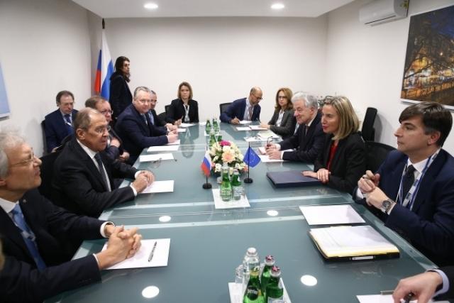 Лавров обсудил с Могерини возможность сохранения ДРСМД