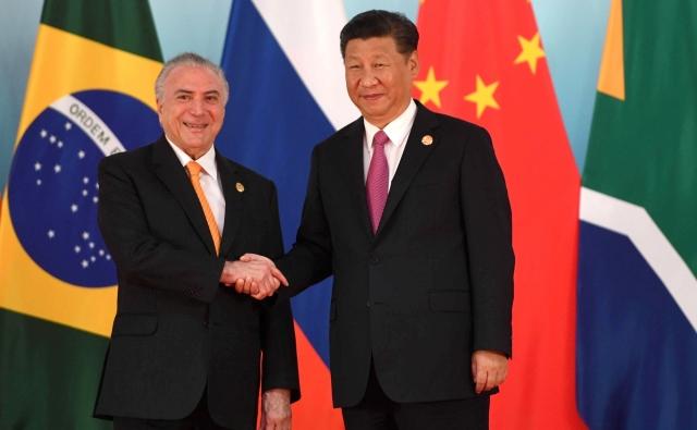 Президент Бразилии Мишел Темер и Председатель Китайской Народной Республики Си Цзиньпин. Саммит BRICS. 2017