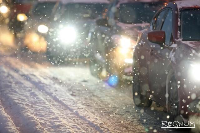 В Белгороде из-за снегопада пострадала троллейбусная сеть