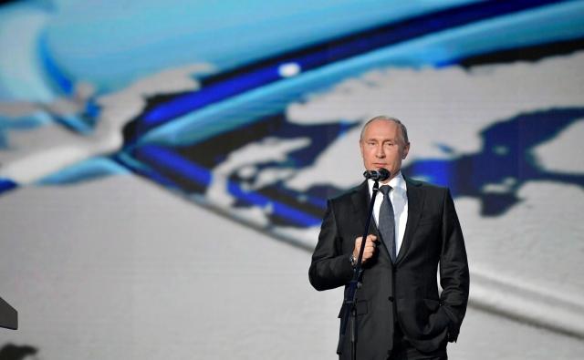 Путин рассказал о встречах с медведями в тайге