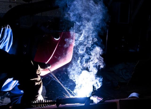 Российские учёные обнаружили вредные наночастицы в сварочном дыме
