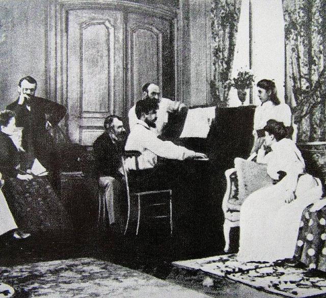 Дебюсси в салоне Эрнеста Шоссона играет оперу «Борис Годунов» Мусоргского. 1893