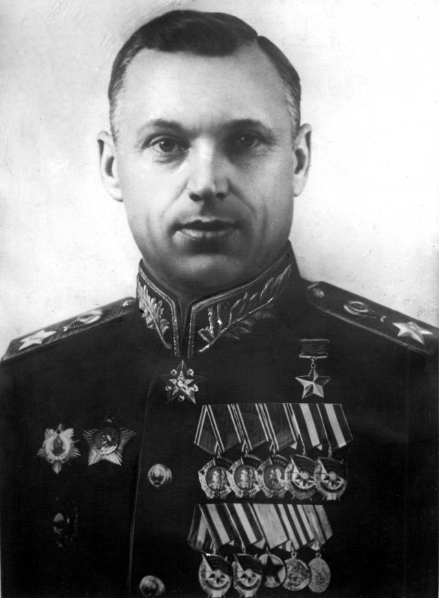 В Севастополе открыт памятник маршалу Советского Союза Рокоссовскому