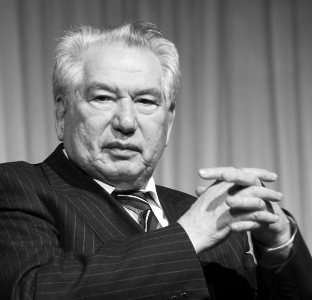 Исполнилось 90 лет со дня рождения Чингиза Айтматова