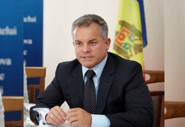 Конституционный суд Молдавии продолжают строить под Плахотнюка