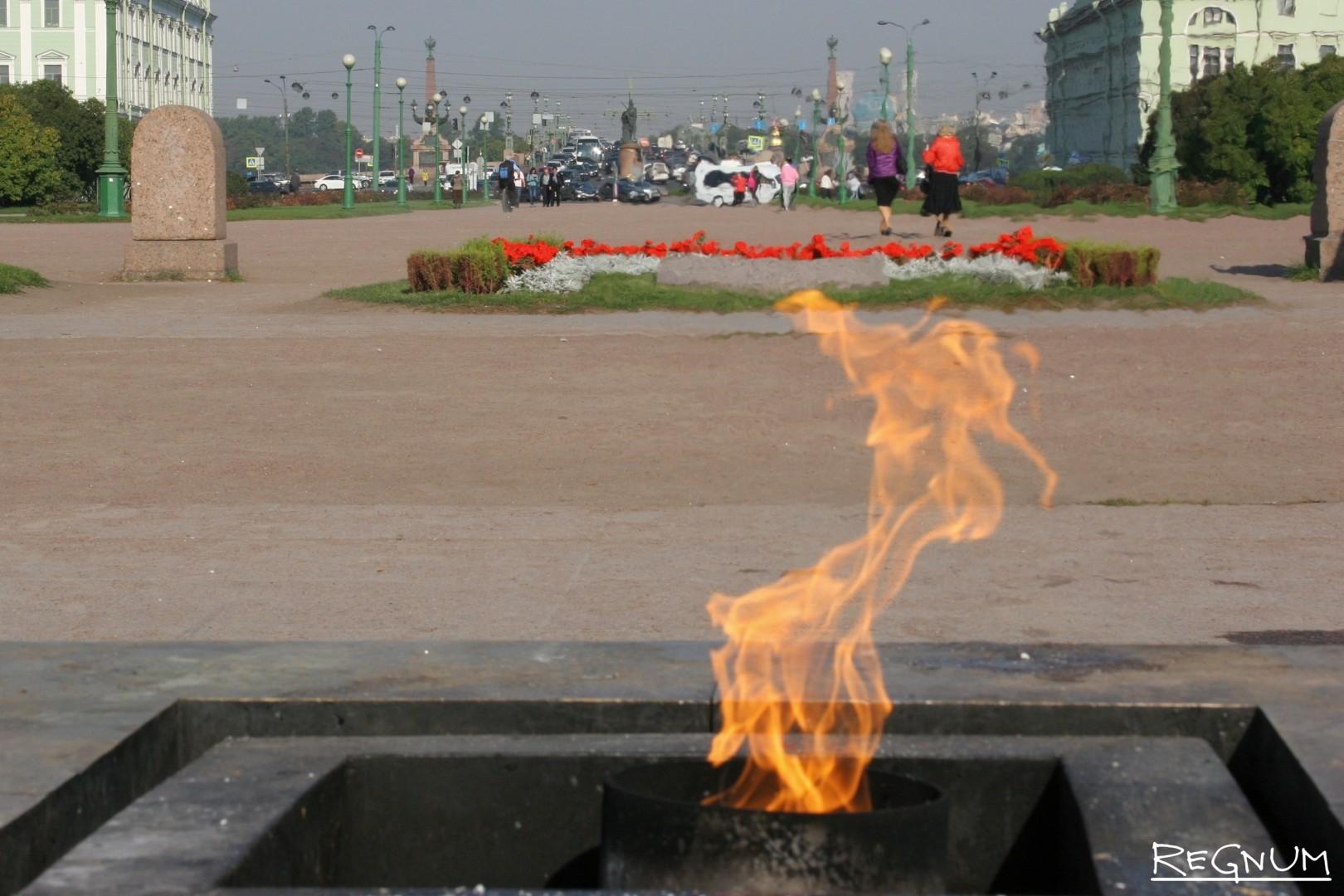 территория благоустроена фото огонь в санкт петербурге уже