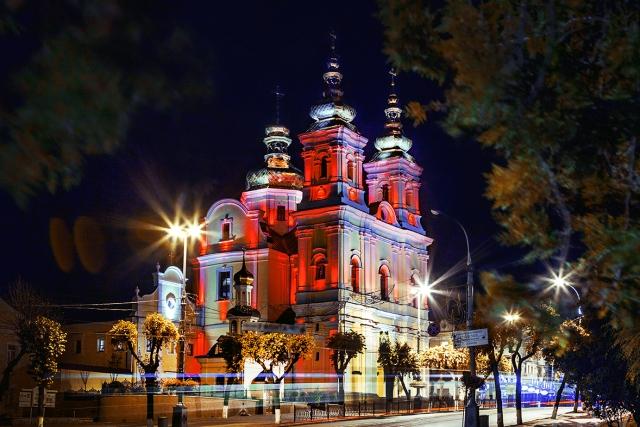 Кафедральный Свято-Преображенский собор в Виннице захвачен неизвестными