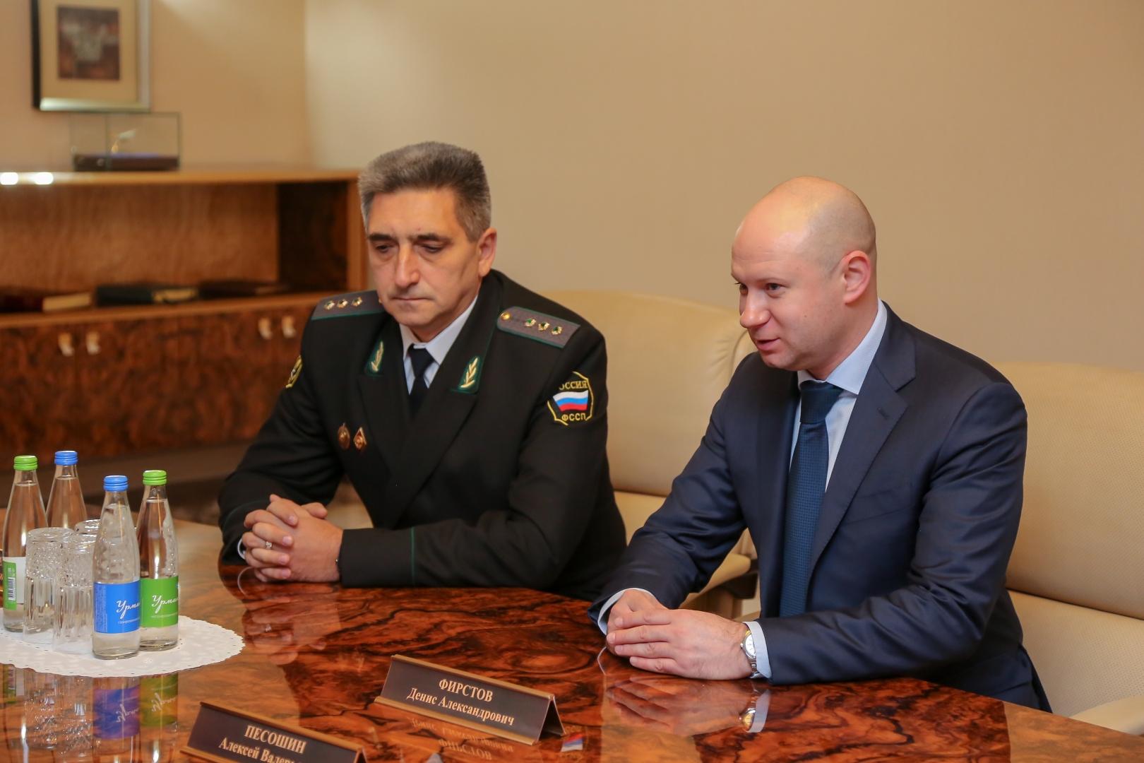 Игорь Безуевский и Денис Фирстов