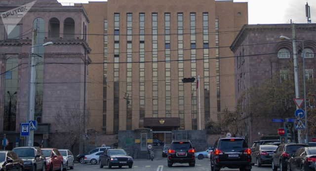 Москва: Изменения в Армении не повлияли на двухсторонние отношения