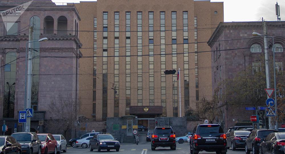 Здание посольства России в Ереване