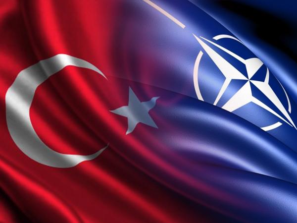 НАТО Турция флаги