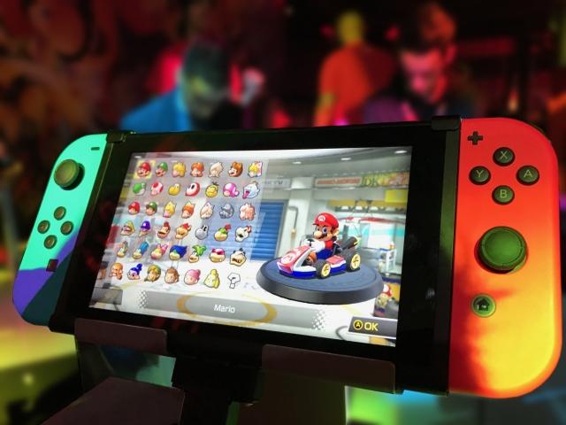 Nintendo Switch названа самой быстропродаваемой консолью текущего поколения