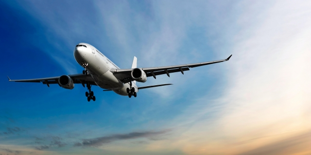 В аэропортах Астаны и Алма-Аты задержали 10 рейсов