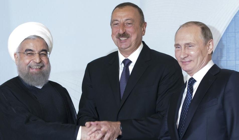 Владимир Путин провел трёхстороннюю встречу с Президентом Ирана Хасаном Рухани и Президентом Азербайджана Ильхамом Алиевым. Тегеран. 1 ноября 2017