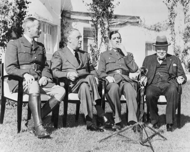 Франклин Рузвельт и Уинстон Черчилль. Касабланка