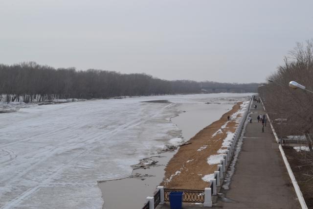 Набережная реки Урал