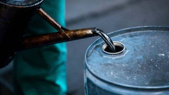 Цена на нефть Brent упала на 5%