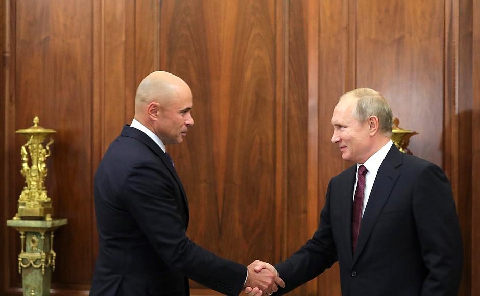 Игорь Артамонов и Владимир Путин