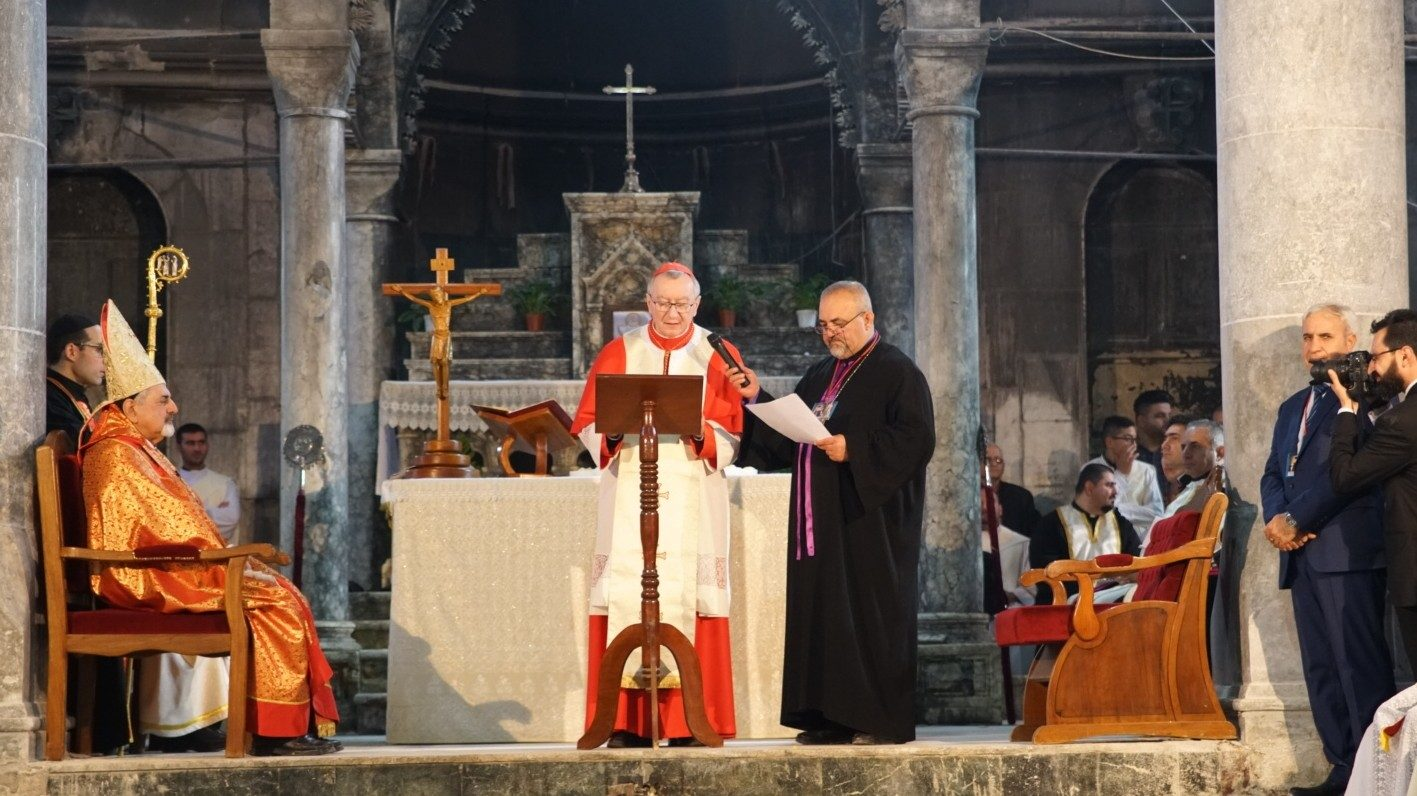Кардинал Паролин в Каракоше