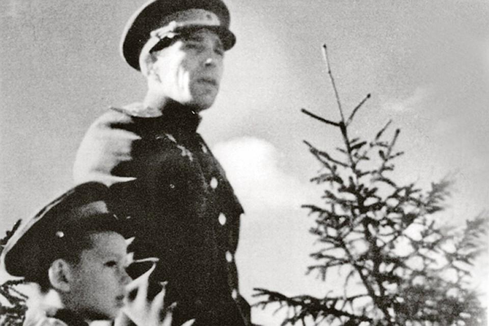 Алексей Кузнецов с сыном