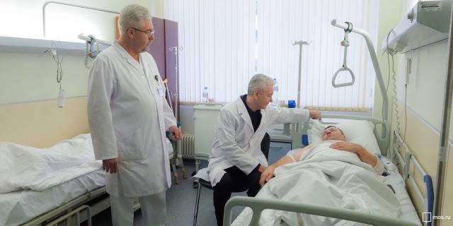 Сергей Собянин посещает пострадавших