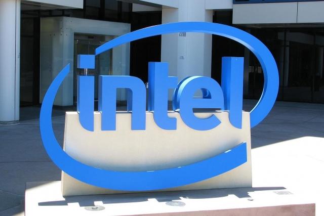 Intel представила свой первый 10-нм процессор