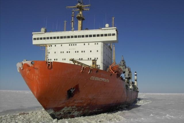 Атомный контейнеровоз «Севморпуть»