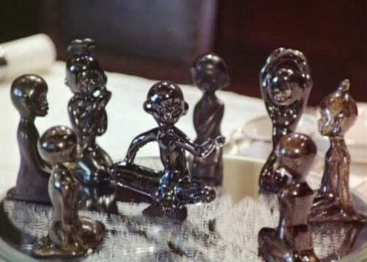 Десять негритят решили пообедать