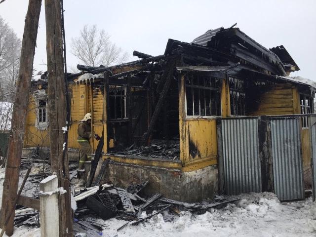 В калужском посёлке Полотняный Завод на пожаре погибла 82-летняя женщина