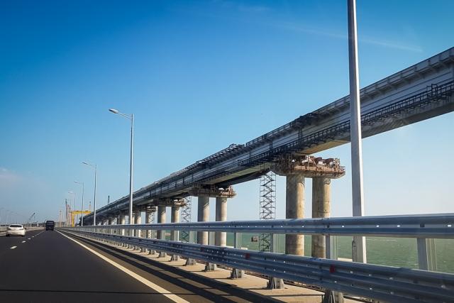 На Украине испереживались по поводу Крымского моста