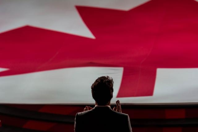Премьер-министр Канады прокомментировал наезд автобуса на людей в Оттаве